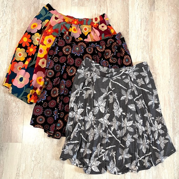 LuLaRoe Skirt Bundle Madison Skirt w Pockets 110